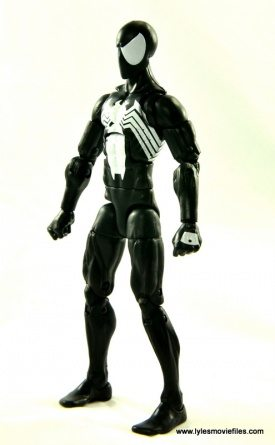Marvel Legends Symbiote Spider-Man figure review - left side