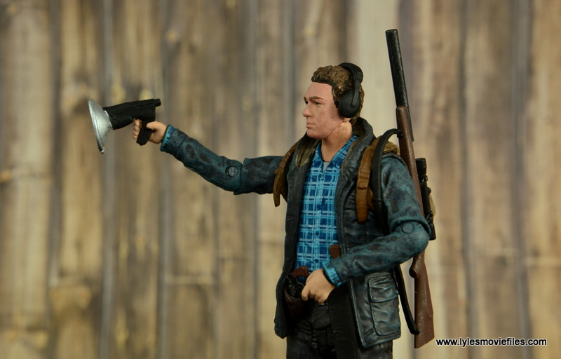 The Walking Dead Aaron figure review -aiming listening device