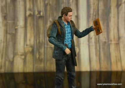 The Walking Dead Aaron figure review -looking at license plate