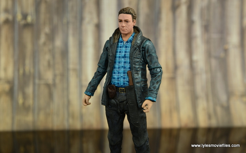 The Walking Dead Aaron figure review -outfit details