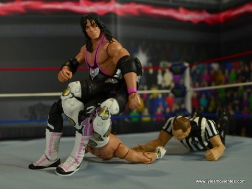 WWE Wrestlemania 12 Elite Shawn Michaels figure review -Bret puts on the Sharpshooter