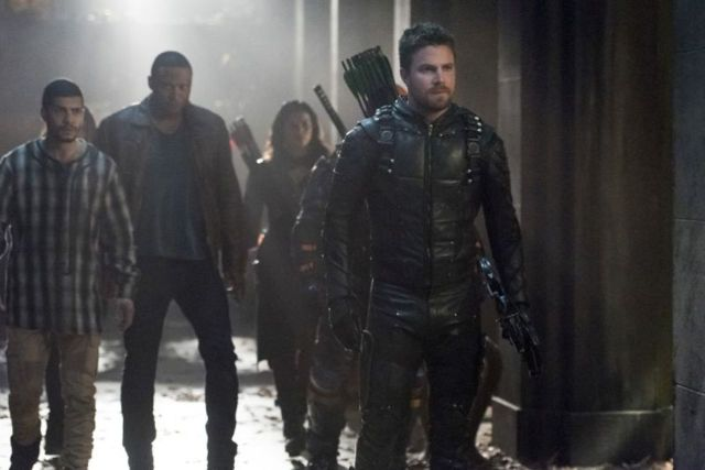 Arrow Lian Yu - Rene, Diggle, Nyssa and Oliver