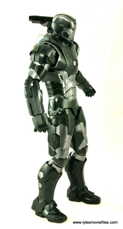 Hot-Toys-War-Machine-Age-of-Ultron-figure-review-right-side-1