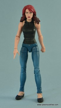 Marvel Legends Spider-Man and Mary Jane Watson figure review - MJ straight