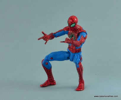 Marvel Legends Spider-Man and Mary Jane Watson figure review - aiming web shooters