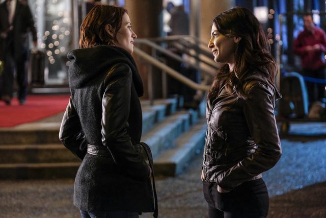 Supergirl Distant Sun - Maggie and Alex