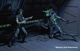 Aliens 12 reveals -Alien battle damage