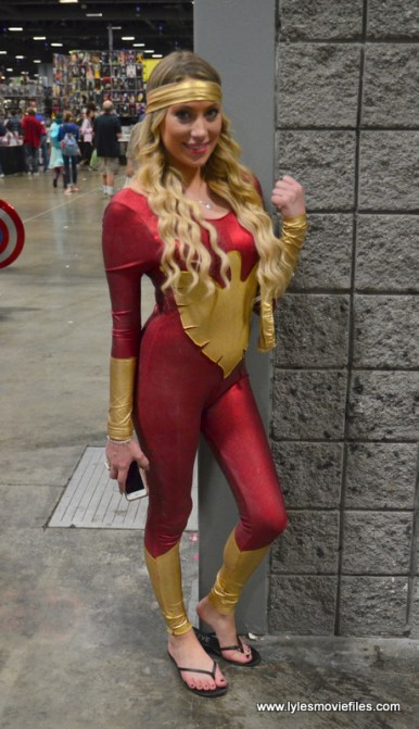 Awesome Con 2017 Day 2 cosplay - Dark Phoenix