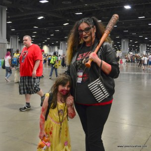 Awesome Con 2017 Day 2 cosplay - Mama Negan and