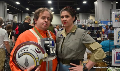 Awesome Con 2017 Day 2 cosplay - X-Wing pilot and General Leia