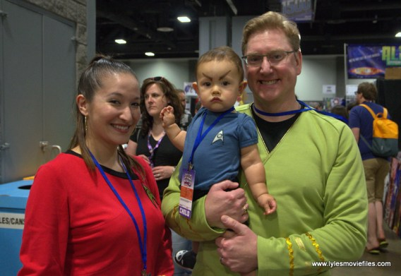 Awesome Con 2017 cosplay Friday -Star Trek family