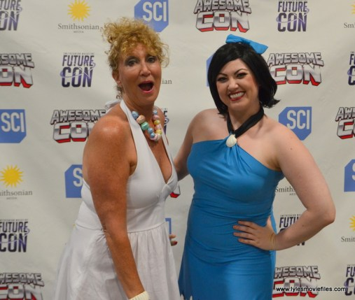 Awesome Con 2017 cosplay Friday -Wilma and Betty