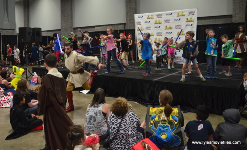 Awesome Con 2017 lightsaber training