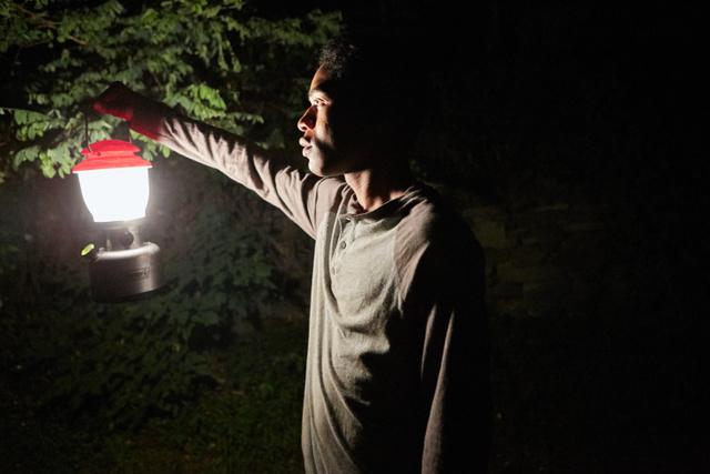 It-Comes-at-Night-movie-Travis