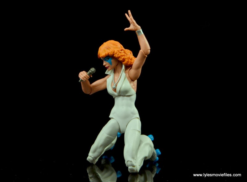 Marvel Legends Dazzler figure review -hitting the high note on her knees