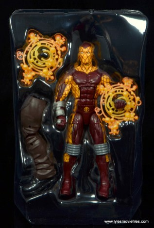 Marvel Legends Shocker figure review - accessories in tray