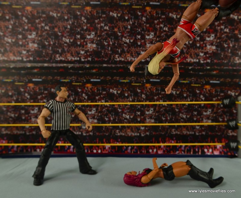 WWE Basic Alexa Bliss figure review - Twisted Bliss