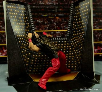 WWE Defining Moments Shinsuke Nakamura figure review -Yeooow on package
