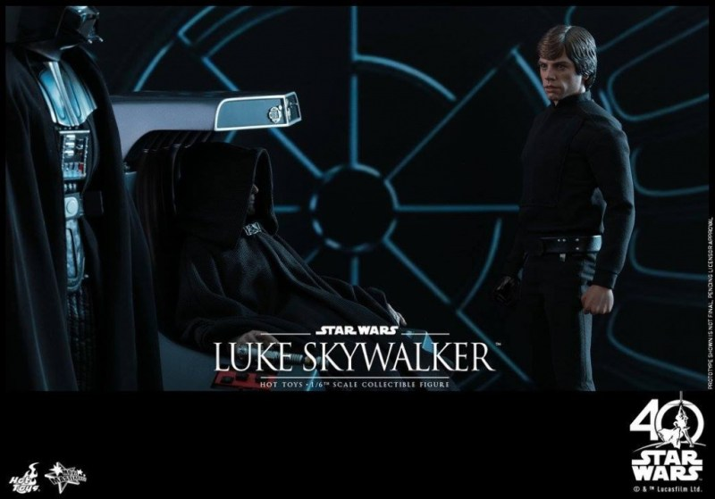 Hot Toys Jedi Luke Skywalker figure -with Vader and Emperor