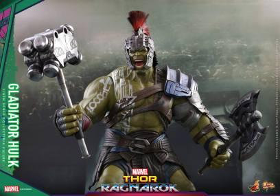 Hot Toys Thor Ragnarok Gladiator Hulk figure -armor details