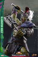 Hot Toys Thor Ragnarok Gladiator Hulk figure - axe and mace