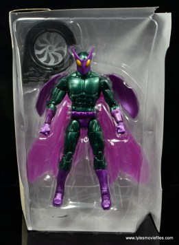 Marvel Legends Beetle figure review -accessories in tray