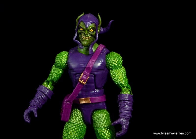 Marvel Legends Green Goblin figure review -wide