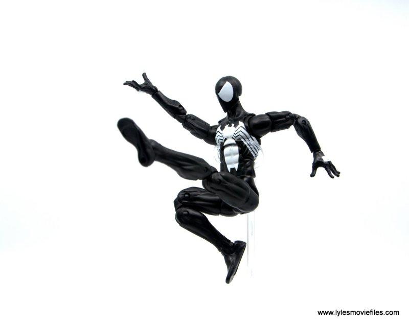 Marvel Legends Symbiote Spider-Man figure review - web slinging