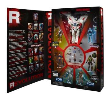 REVOLUTION Comic Crossover Preview Mega-Set_pkg 2
