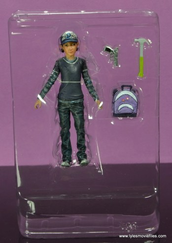The Walking Dead Telltale Games Clementine figure review -accessories in tray