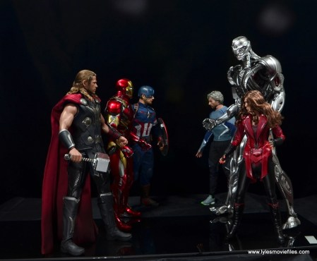 Hot Toys Avengers Ultron Prime figure review - face off with Thor, Captain America and Iron Man
