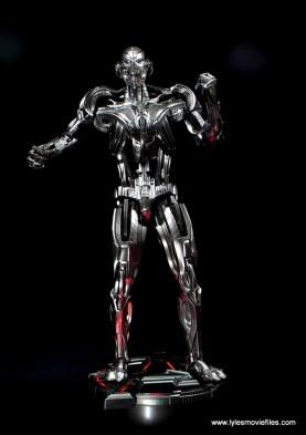 Hot Toys Avengers Ultron Prime figure review - on lit base
