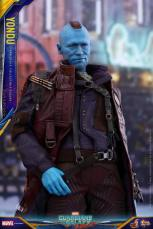 Hot Toys Guardians of the Galaxy Vol. 2 Yondu figure -mohawk down and clutching belt