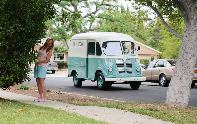 Ice Cream Truck movie review - Jessica and ice cream truck