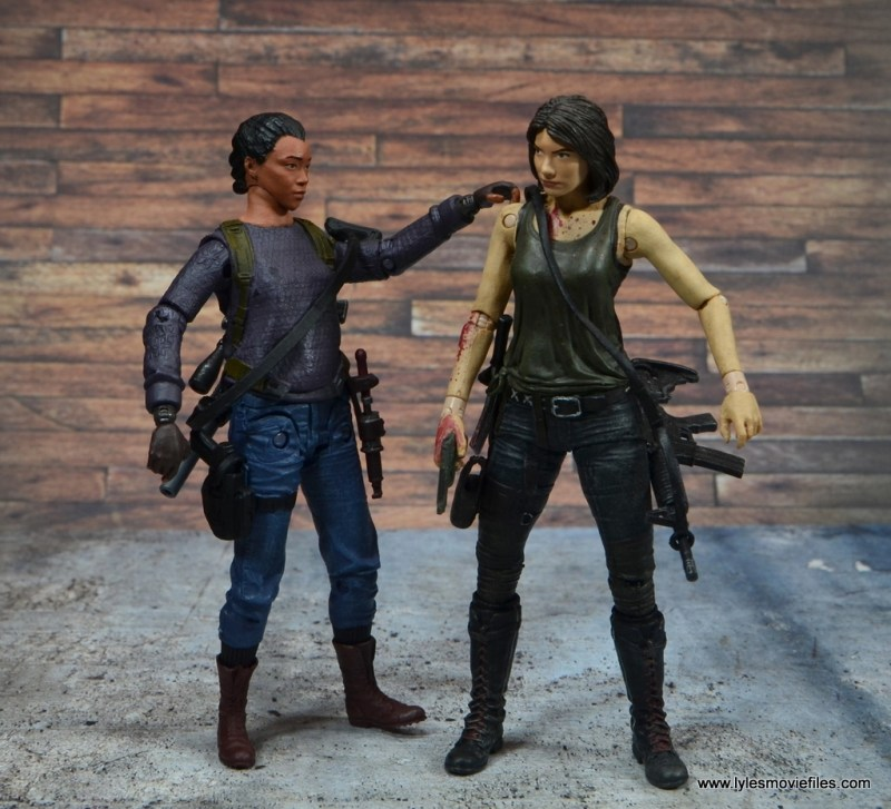 The Walking Dead Sasha figure review - with Maggie