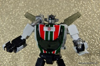 Transformers Masterpiece Wheeljack figure review -main pic