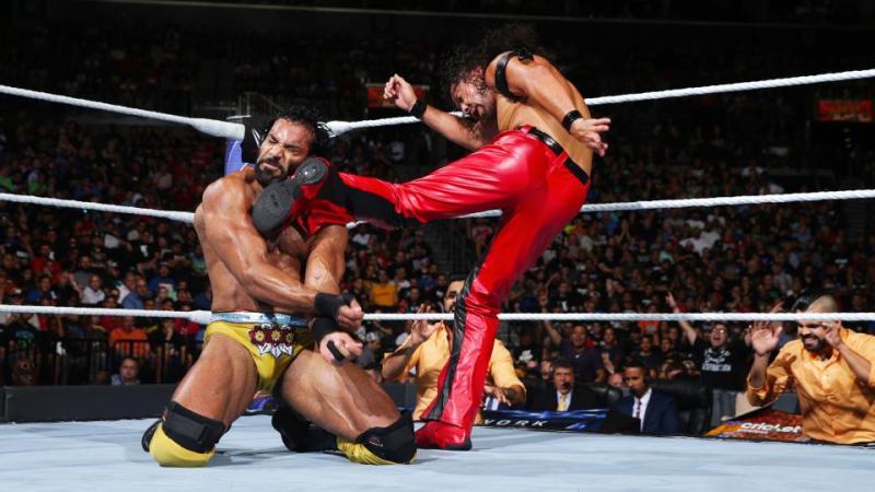 WWE Summerslam 2017 - Nakamura kicks Jinder Mahal