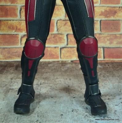 hot toys captain america civil war ant-man figure review -boot detail