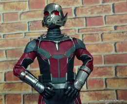 hot toys captain america civil war ant-man figure review -looking up