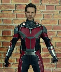 hot toys captain america civil war ant-man figure review -paul rudd headsculpt