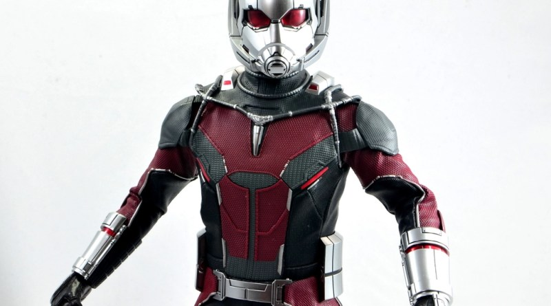 hot toys captain america civil war ant-man figure review -wide detail