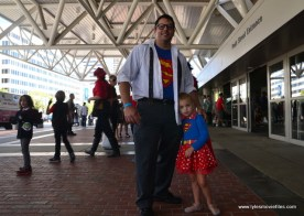 Baltimore Comic Con 2017 cosplay - Clark Kent and Supergirl