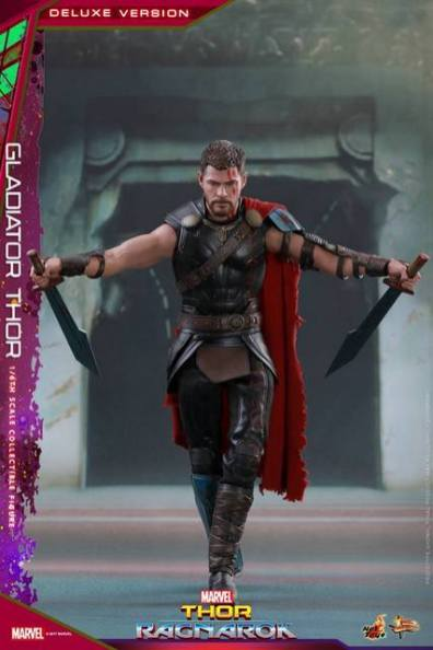 Hot Toys Gladiator Thor figure -entering the arena