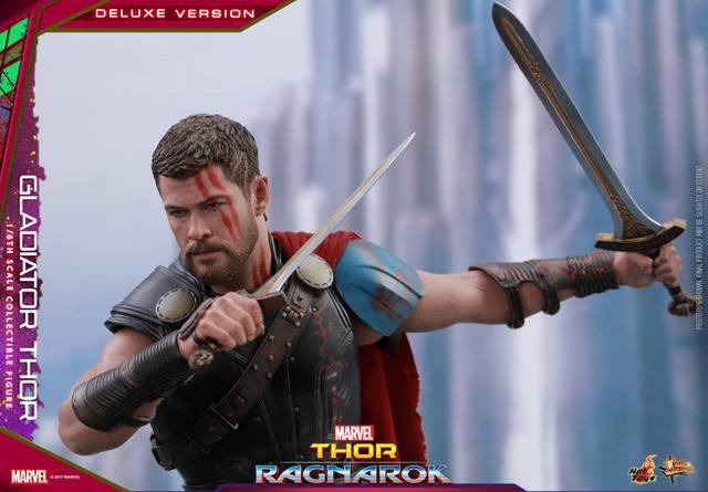 Hot Toys Gladiator Thor figure -wide shot