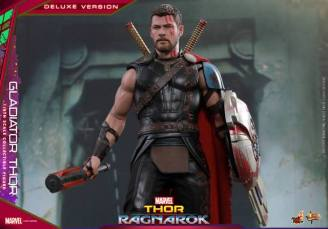 Hot Toys Gladiator Thor figure -with all accessories