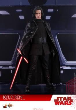 Hot Toys The Last Jedi Kylo Ren - cape out