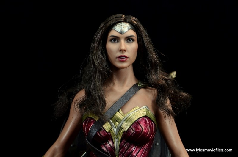 Hot Toys Wonder Woman figure review - wide show with hair out
