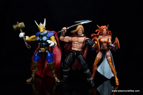 SDCC 2017 Marvel Legends Battle for Asgard figure review - Odinson with Beta Ray Bill and Angela