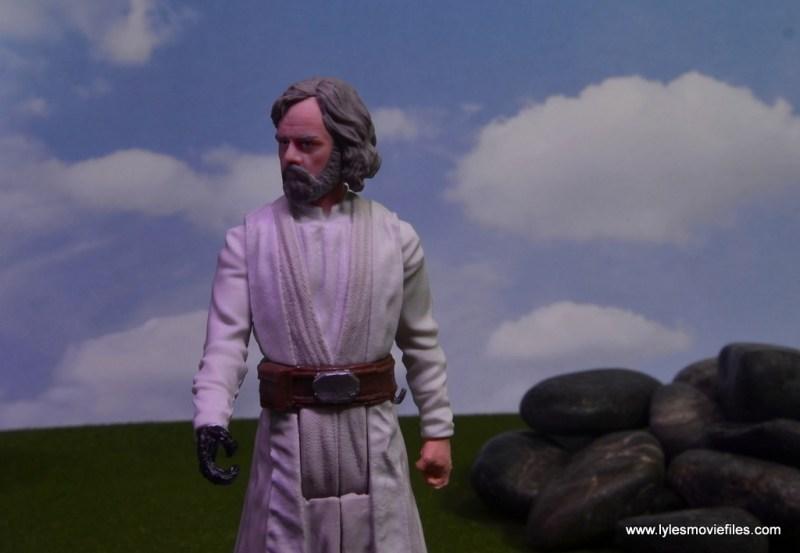 Star Wars The Last Jedi Master Luke Skywalker figure review - purple lighting