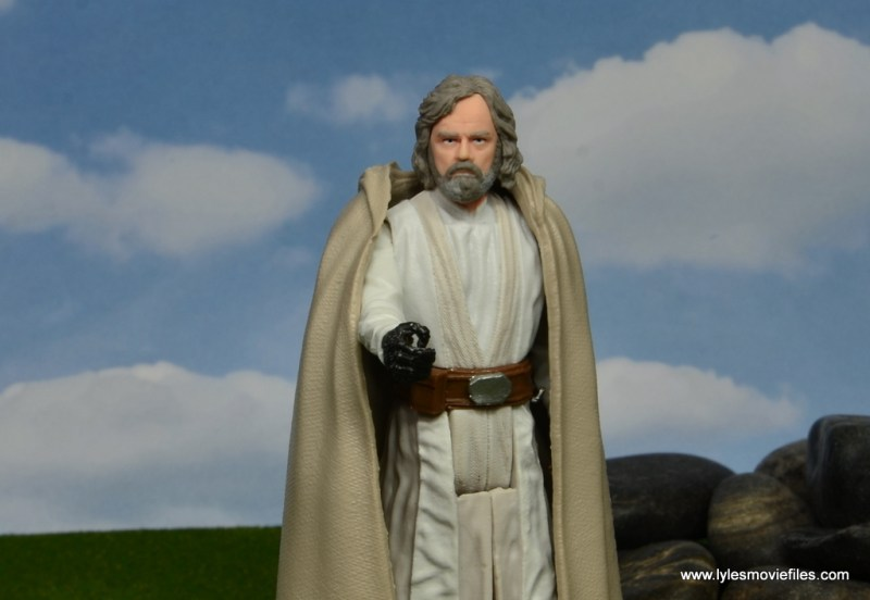 Star Wars The Last Jedi Master Luke Skywalker figure review -reaching out with robe on